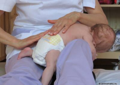 Coccola il tuo neonato CentroShiatsu Orbassano