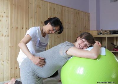 Shiatsu in gravidanza CentroShiatsu Orbassano146