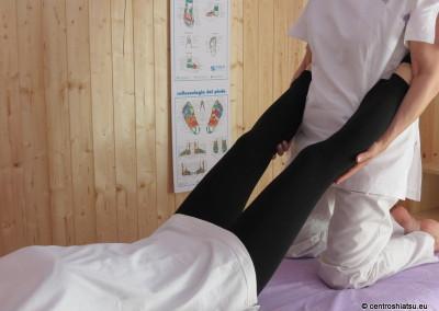 Stiramenti gambe CentroShiatsu Orbassano