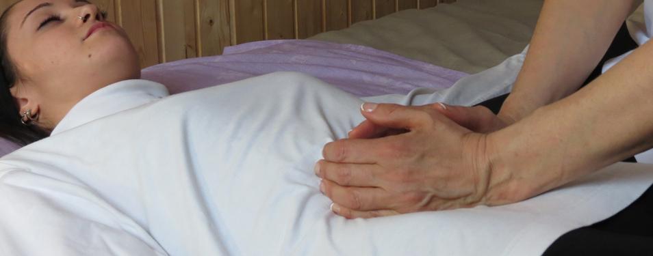 Ampuku, depurarsi con il massaggio addominale